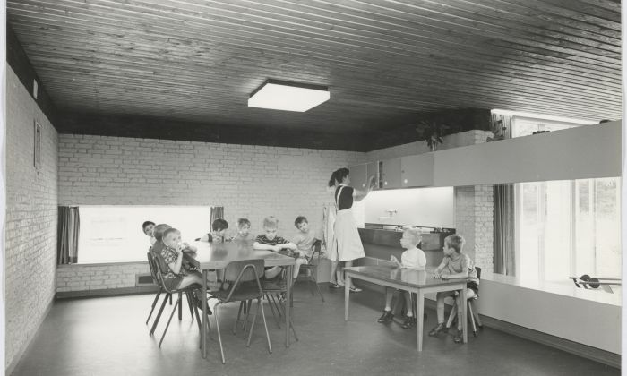 L. de Jonge, in collaboration with P. Nieuwveld. Institution of mentally disabled people 's Konings Jaght te Schaarsbergen', 1960. Collection Het Nieuwe Instituut, JONG 435