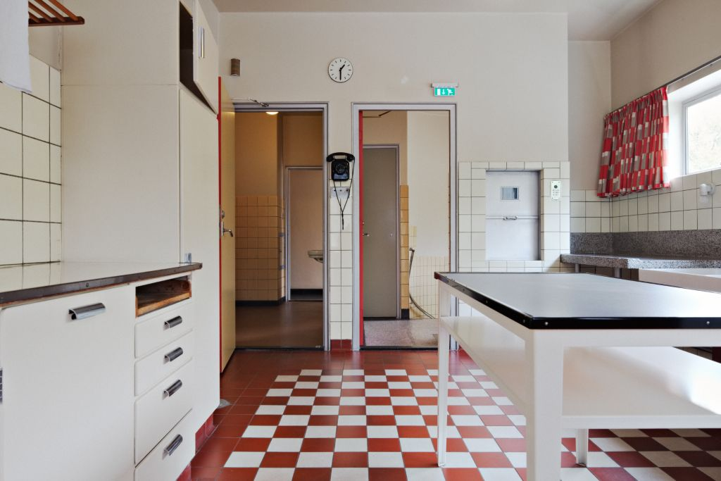 Sonneveld House, kitchen. Photo Johannes Schwartz