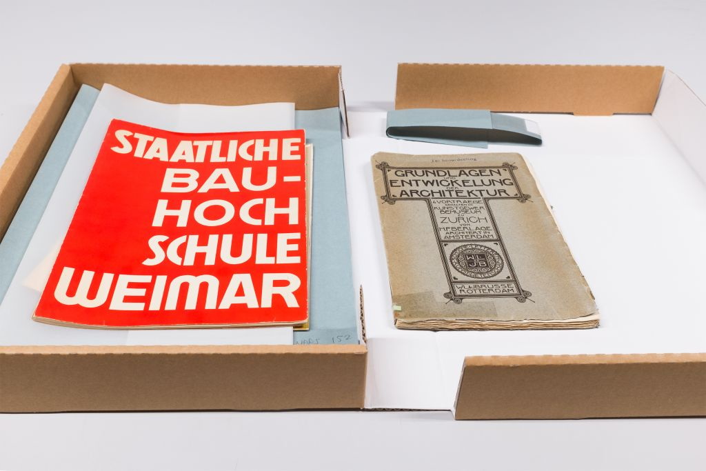 H.P. Berlage, Foundations and Development of Architecture, 1908 and Brochure for the Staatliche Bauhochschule Weimar. Collection Het Nieuwe Instituut Library.